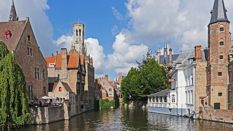 Bruges near Brussels canal houses